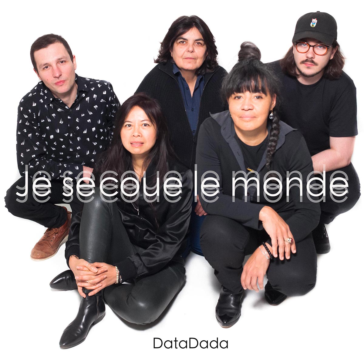 DataDada Rock Band sings Je Secoue le Monde (I Rock The World)